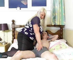 Young boy with big dick reward fuck with Mature