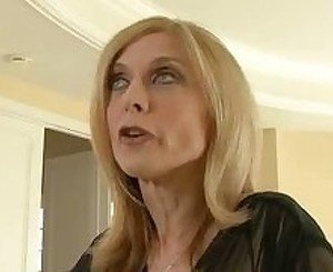 Big Butt NIna Hartley
