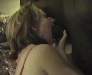 Wife has good interracial sex