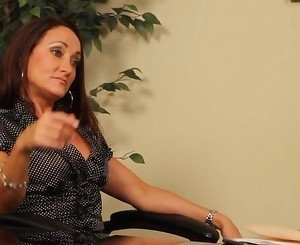 Lesbian Sugar Mommy Seduction