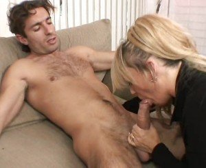 Older mommy and younger cock