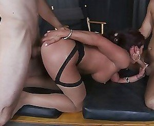 Anal sex and double blowjob by a skillful mommy